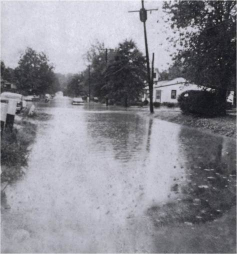 Flooding on Navhoe St.