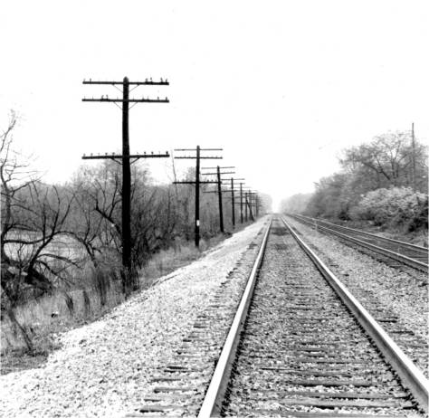 Railroad look to lake